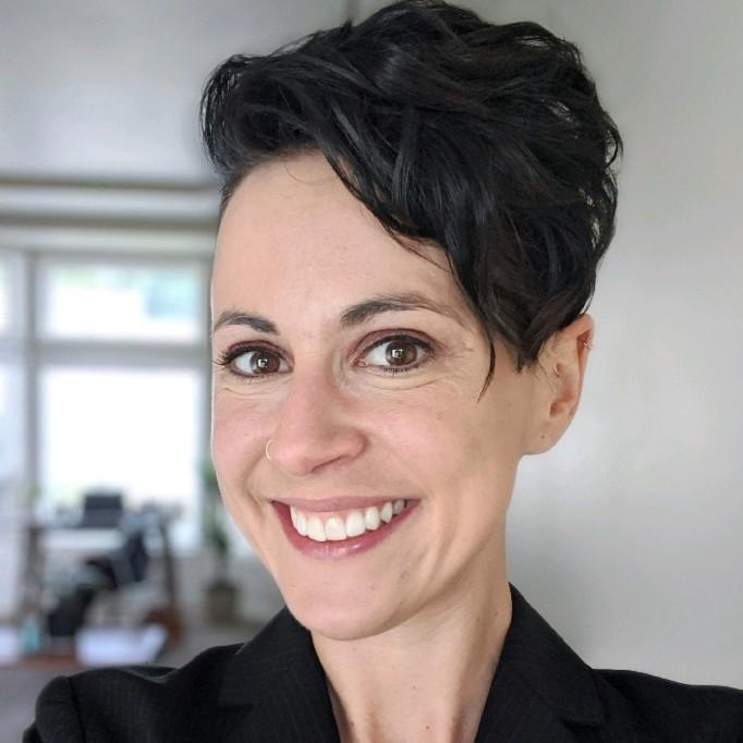Lara Banker